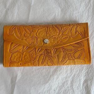 Vintage hand tooled leather billfold wallet